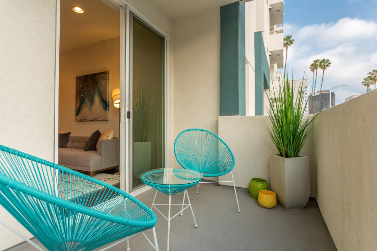Balcony2_Virgil201WEB