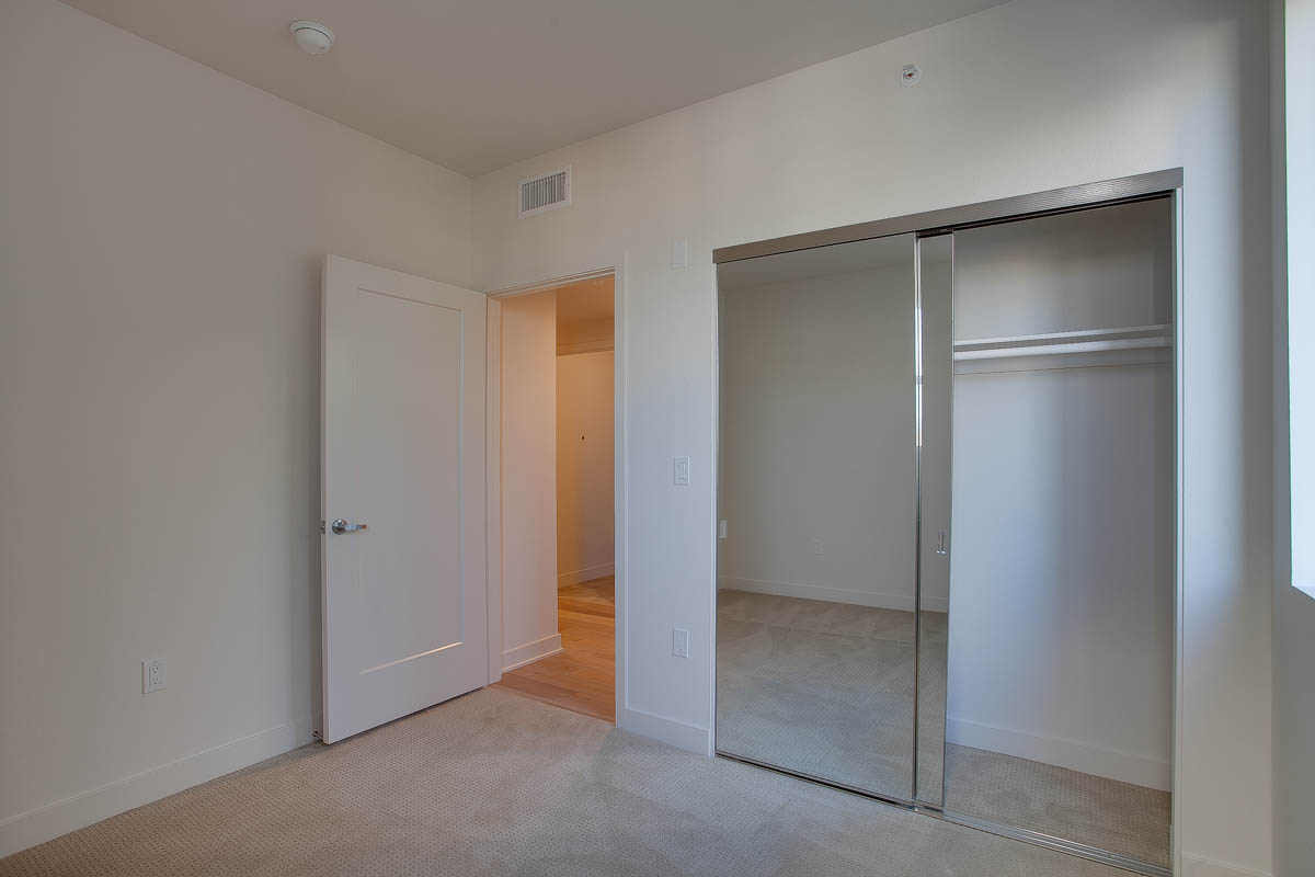 Element 436 Penthouse Residence A-1006