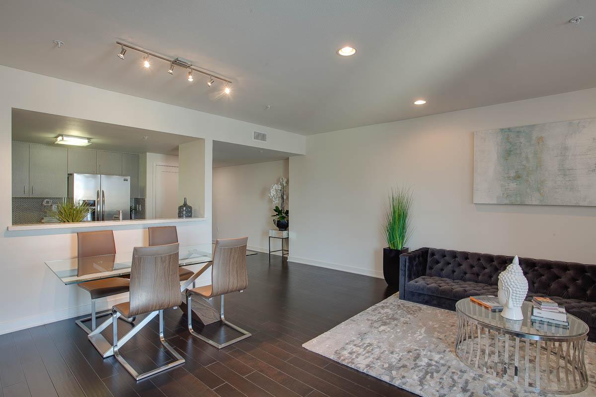 Element 436 Penthouse Residence B-1023